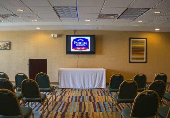Fairfield Inn & Suites Watervliet St. Joseph: Conference Room