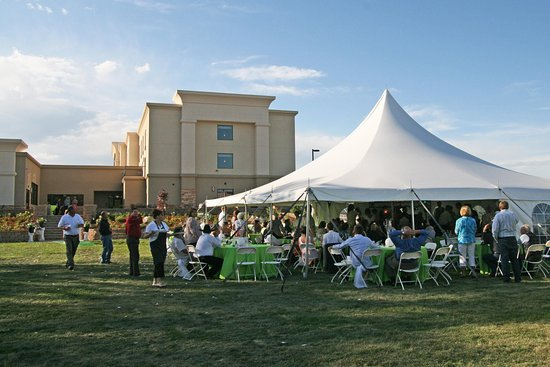 Buffalo, WY: Outdoor Wedding