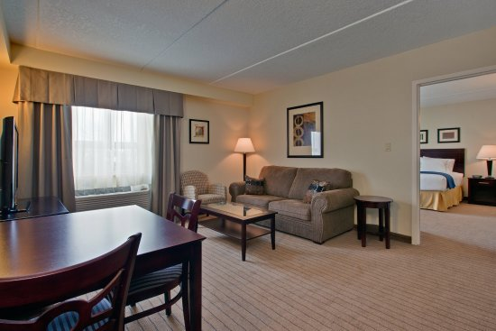 Holiday Inn Express & Suites Kincardine: Presidential Suite