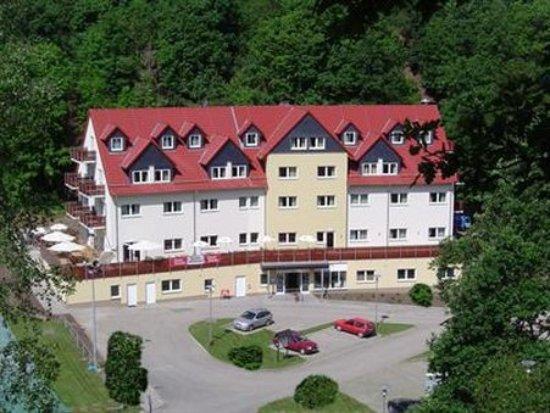 Hotel & Restaurant Schanzenhaus: Exterior