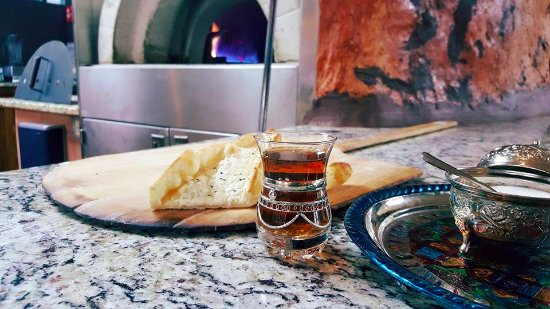 Alpharetta, Τζόρτζια: Our Middle Eastern style bread baked fresh daily!