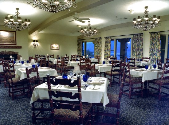 Furnace Creek Resort & Fiddler's Campground: Dining Room