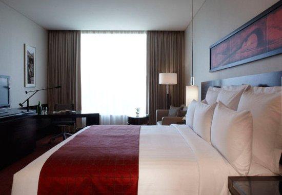 JW Marriott Hotel Pune: Deluxe Guest Room