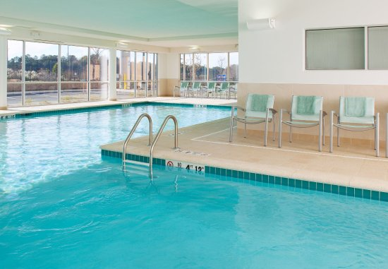 SpringHill Suites Macon: Indoor Pool