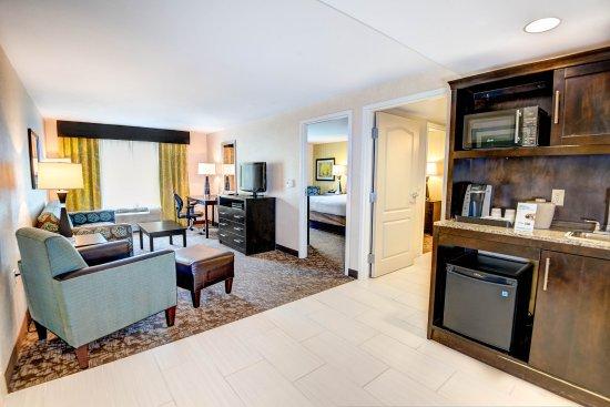 Neptune, NJ: King Bed Suite Living Room