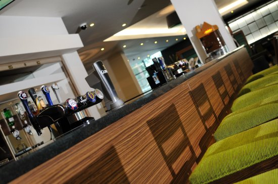 Slough, UK: Lobby Bar, Free Wifi in all public areas