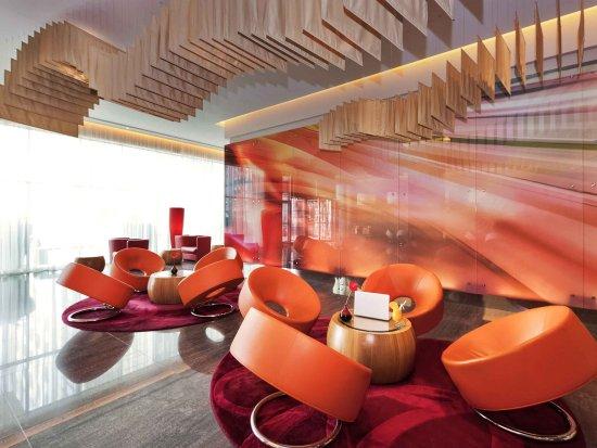 Ibis Mall Of The Emirates: Exterior