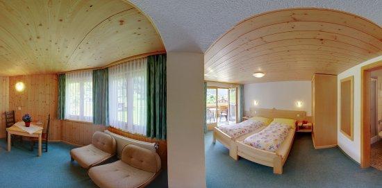 Fieschertal, Suiza: New twin room