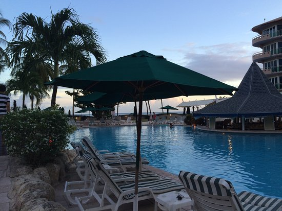 Accra Beach Hotel & Spa: Pool area