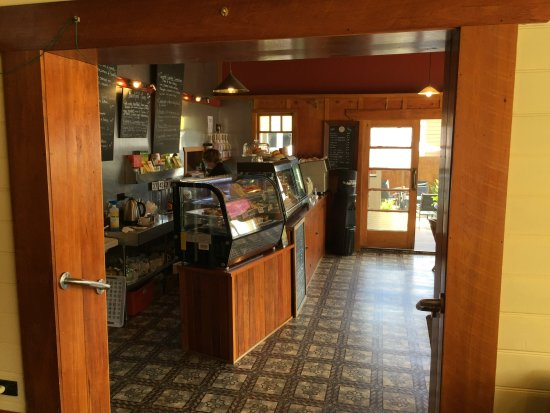 Reefton, New Zealand: Counter
