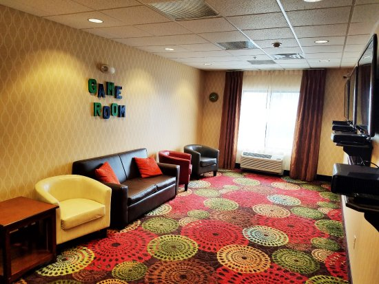 Holiday Inn Express Missoula NW: Xbox360 with Kinect