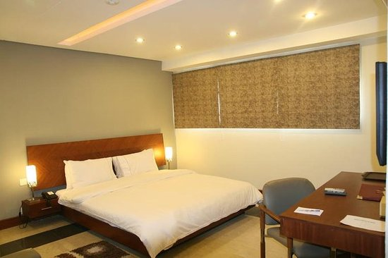 Hotel One Gulberg: Guest room