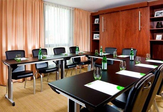 Arcueil, Francia: Boardroom   U-Shape