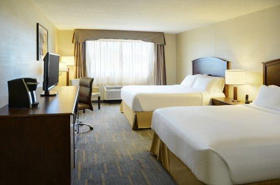 Holiday Inn Lethbridge: Guest Room