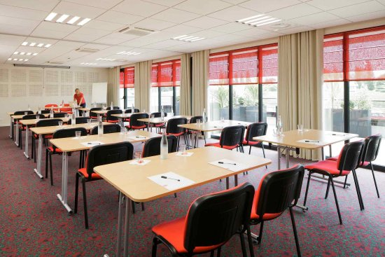 Ploumagoar, France: Meeting Room