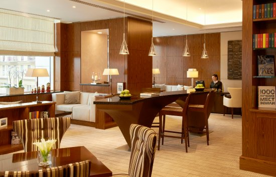 InterContinental Moscow Tverskaya Hotel: Enjoy the extra privacy in our elegant Club Lounge