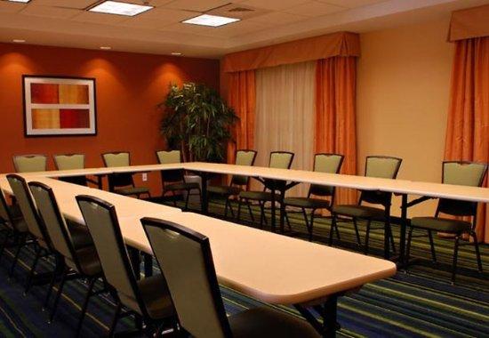 Fairfield Inn & Suites Millville Vineland: JW Meeting Room