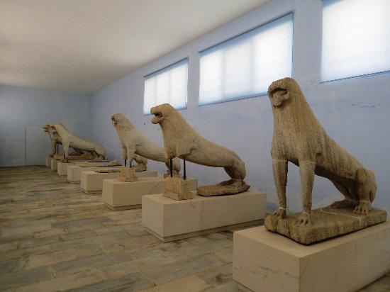 Archaeological Museum of Delos : オリジナルのライオン