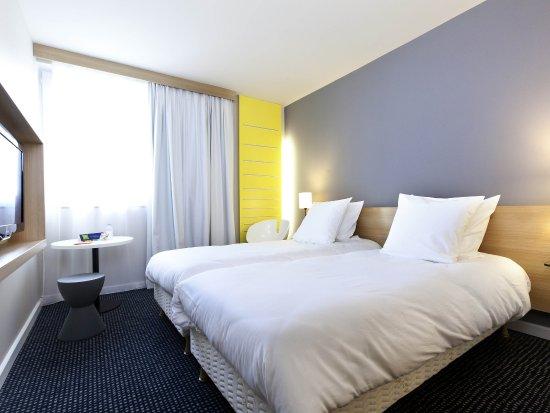 Reze, France: Guest Room