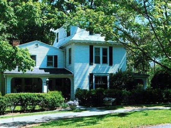 Photo of House On Main Street Williamstown