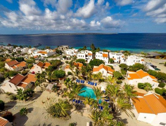 Hamlet Oasis Resort: Exterior