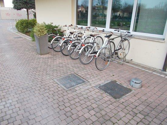 Hotel Aqua: disponibilità biciclette
