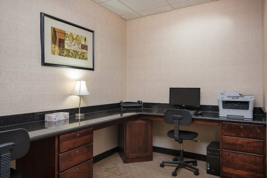 Lafayette, IN : 24-hr Business Center is available for our guests to use.