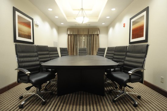 Holiday Inn Express Somerset: Board Room