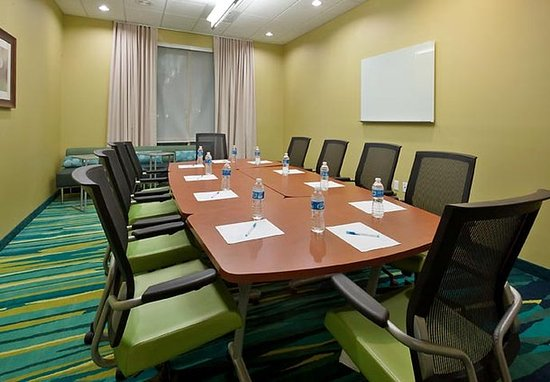 SpringHill Suites Lafayette South at River Ranch: Meeting Room
