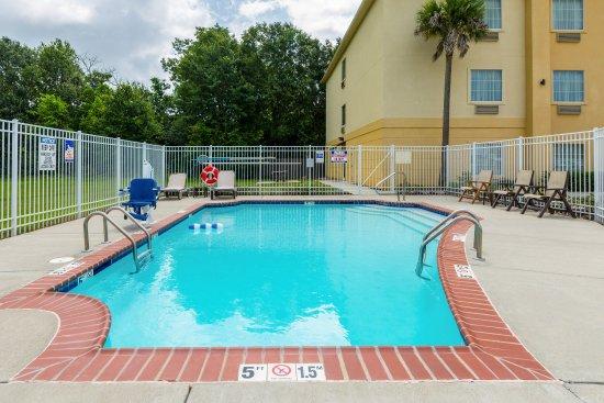 Scott, Luizjana: Pool