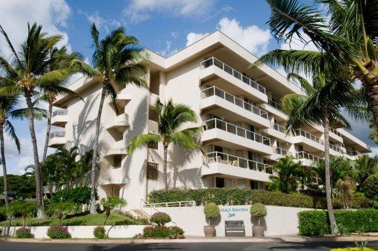 Aston At The Maui Banyan Resort Exterior
