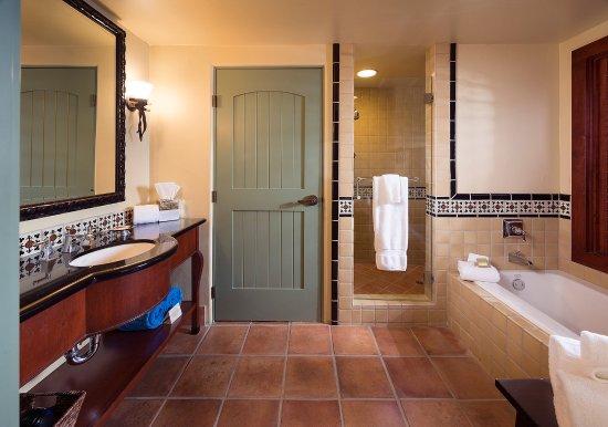 Los Gatos, CA: Bathroom