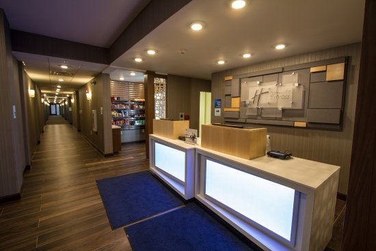 Bordentown, NJ: Front Desk