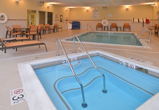 Courtyard Burlington Mt. Holly/Westampton: Indoor Spa