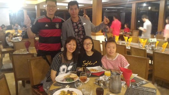 Club Med Cherating Beach: Dinner with Land Sports Supervisor LEON