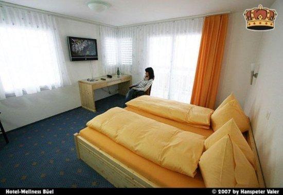St. Antonien, Switzerland: Guest room
