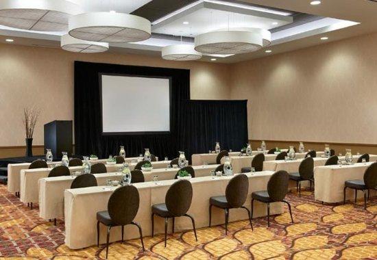 Naperville, IL: Grand Ballroom- Meeting Set Up