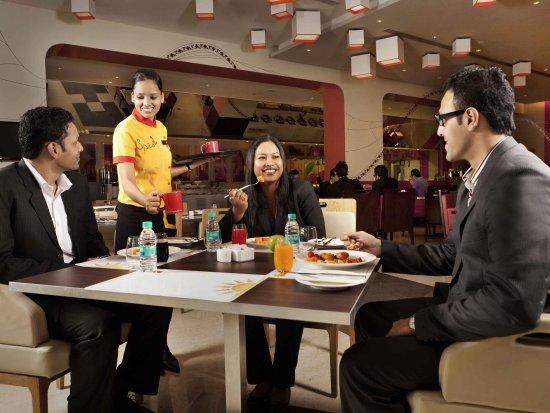 Ibis Bengaluru Techpark: Restaurant