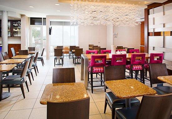 Richardson, TX: Breakfast - Dining Area