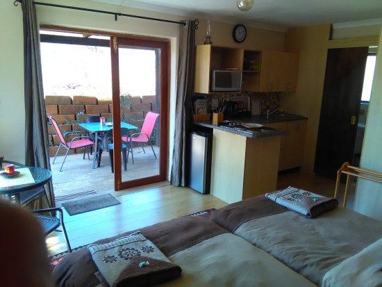 Sabie, Afrika Selatan: Elan Falls Suite Interior