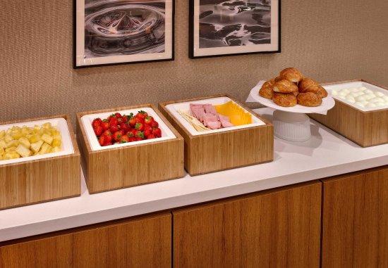 Draper, UT: Breakfast Buffet