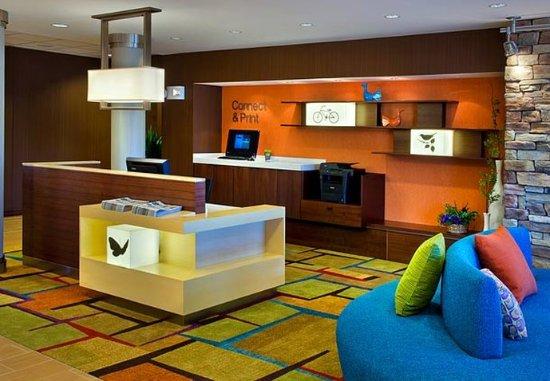 วอเตอร์ทาวน์, นิวยอร์ก: Business Center