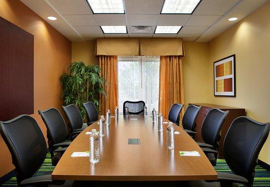 Marietta, OH: Boardroom