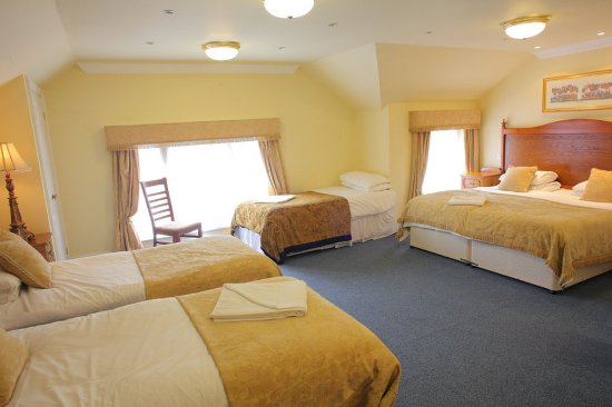 The Atherstone Red Lion Hotel: Family Room
