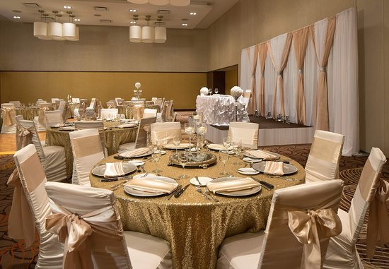 Courtyard by Marriott Calgary Airport: Weddings in Calgary