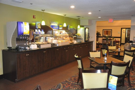 Holiday Inn Express Sarasota I-75: Breakfast Bar