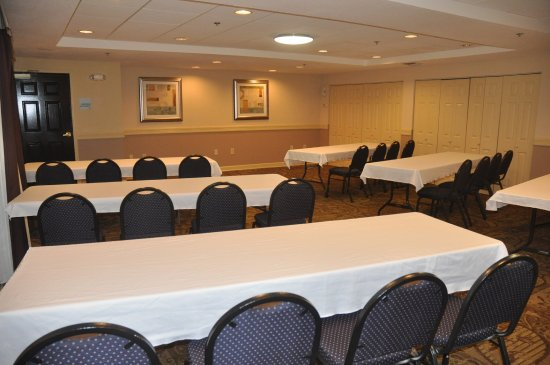 Holiday Inn Express Sarasota I-75: Meeting Space
