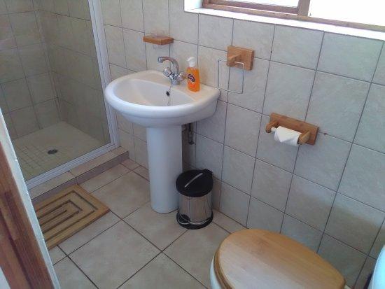 Sabie, Sør-Afrika: Bridal Veil Falls Suite - Shower Room