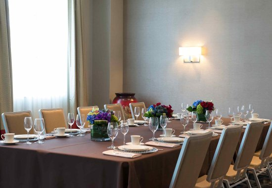 Chelsea, MA: Banquet Room