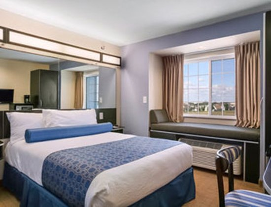 Stanley, North Dakota: Standard Queen Bed Room